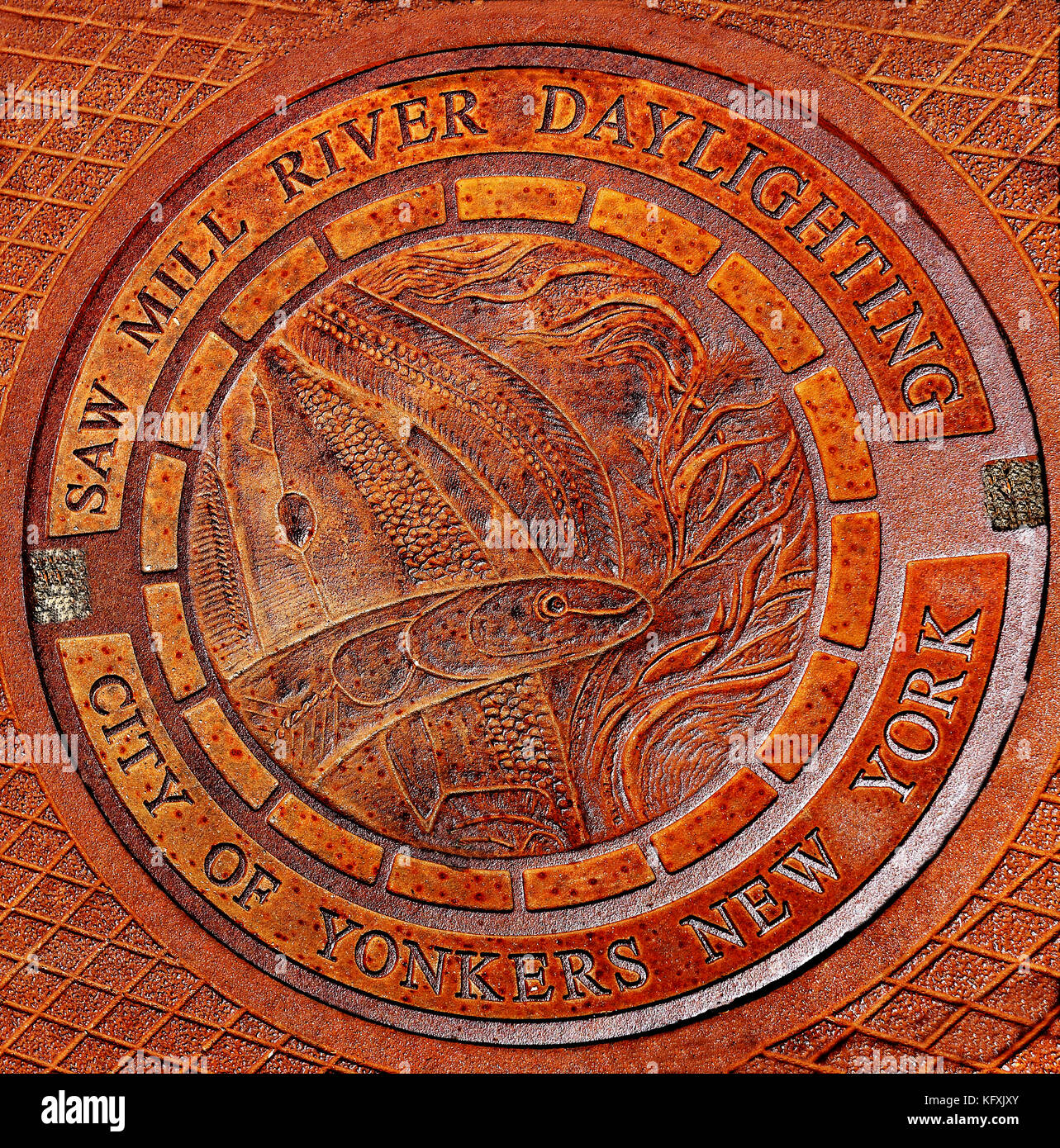 Memorial manhole cover downtown Yonkers New York - Stock Image