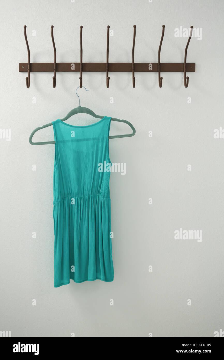 Turquoise Dress Stock Photos & Turquoise Dress Stock Images - Alamy