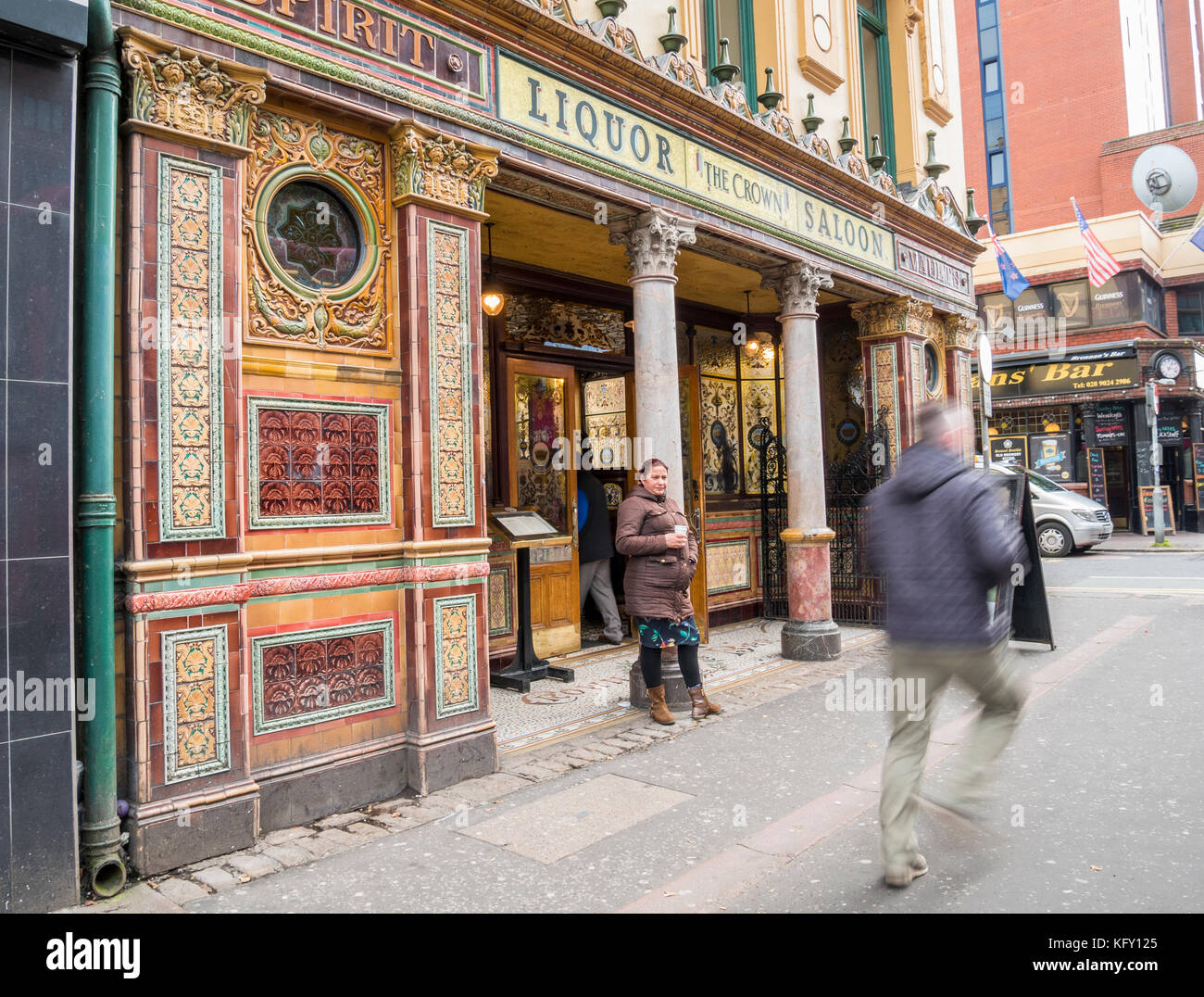 The Crown Liquor Saloon, Victoria Street, Belfast. A world famous Victorian Pub in the centre of Belfast - Stock Image