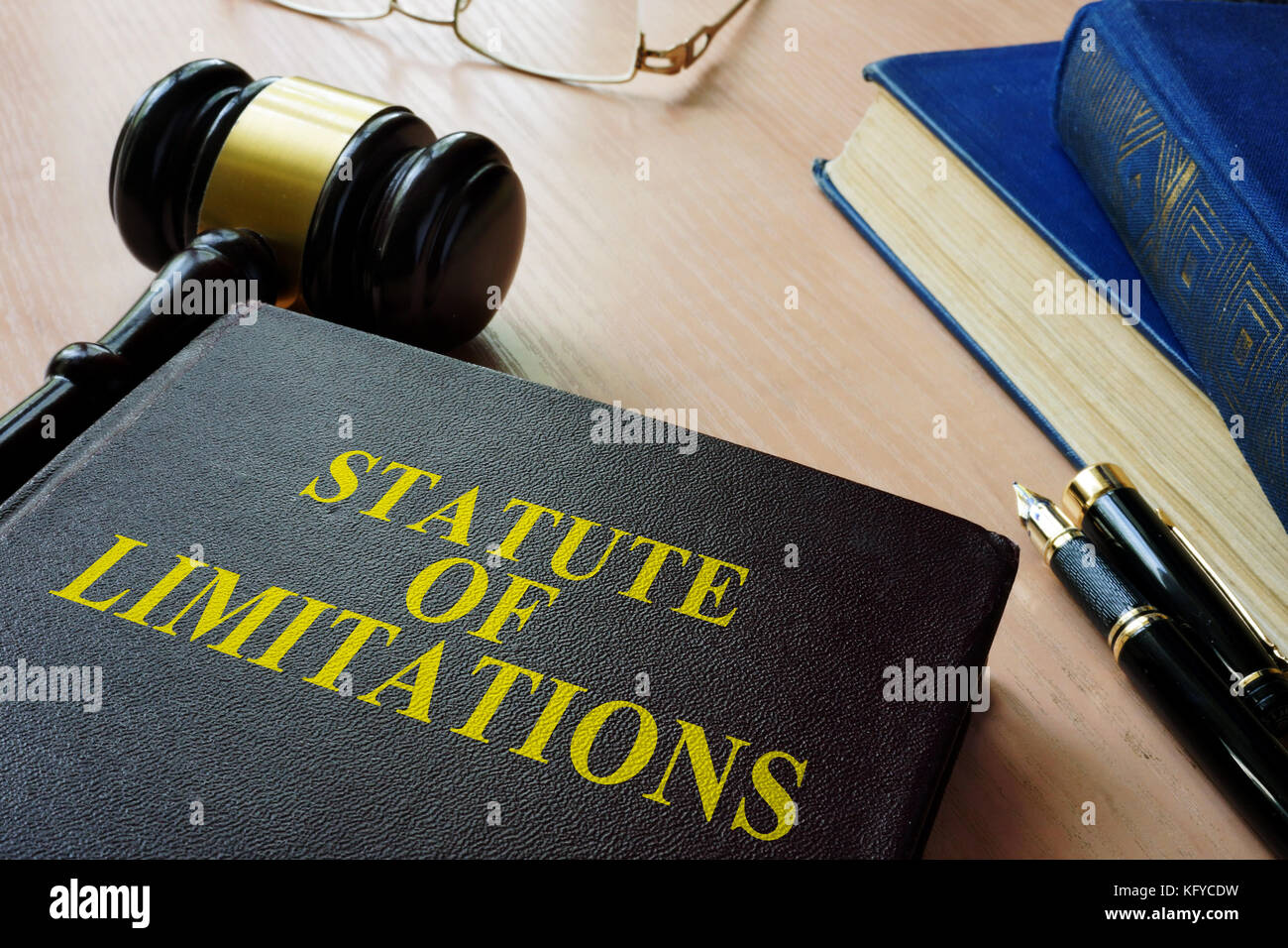 Statute of limitations (SOL) on a court desk. - Stock Image