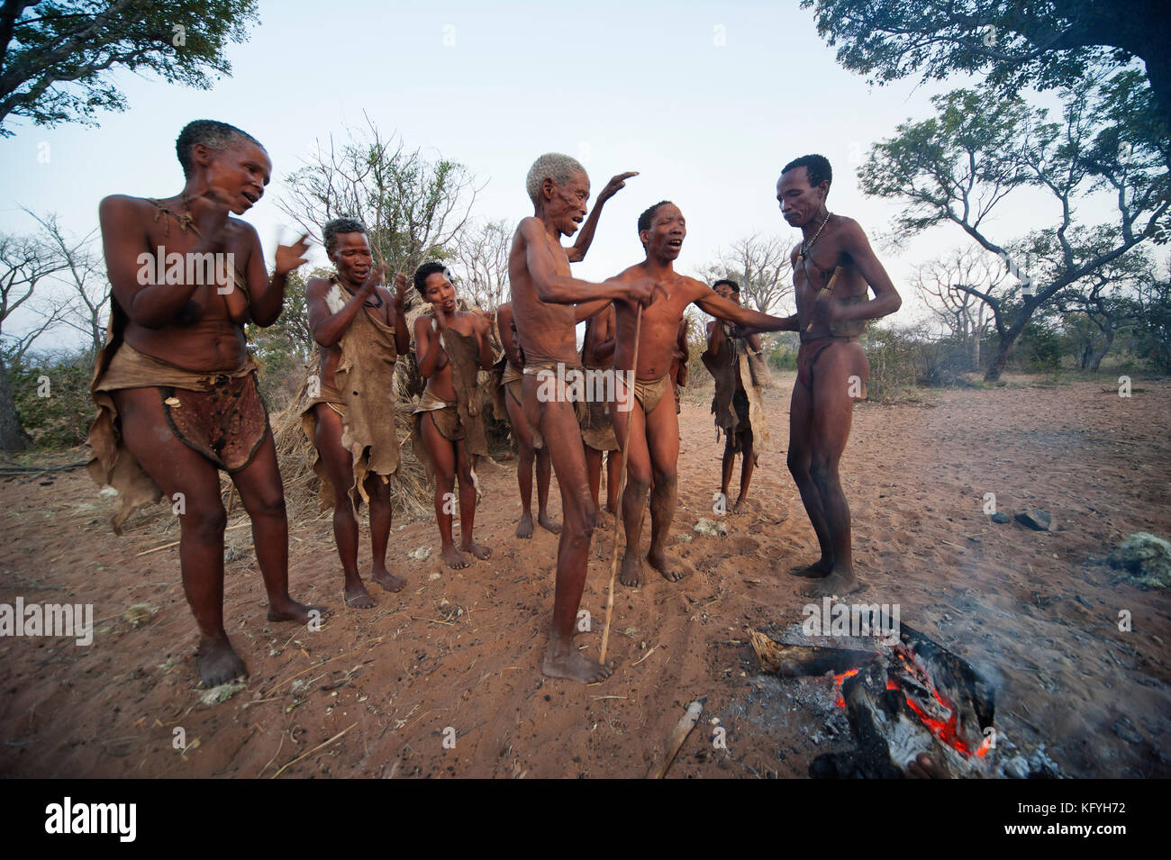 Bushman people performing a dance ceremony at Grashoek, Namibia - Stock Image