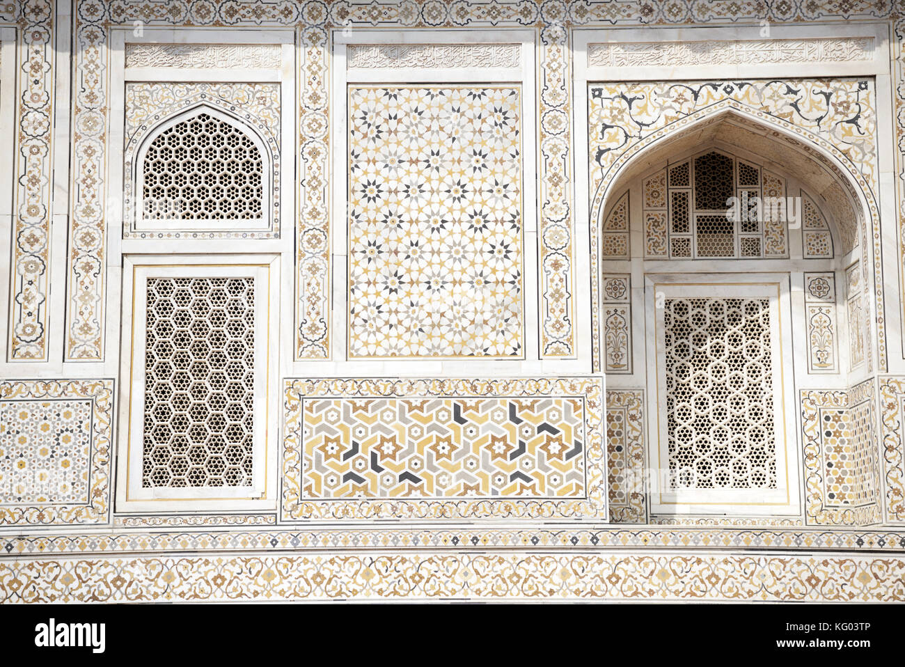 Decorations at the Tomb of Itimad-ud-Daulah in Agra Stock Photo
