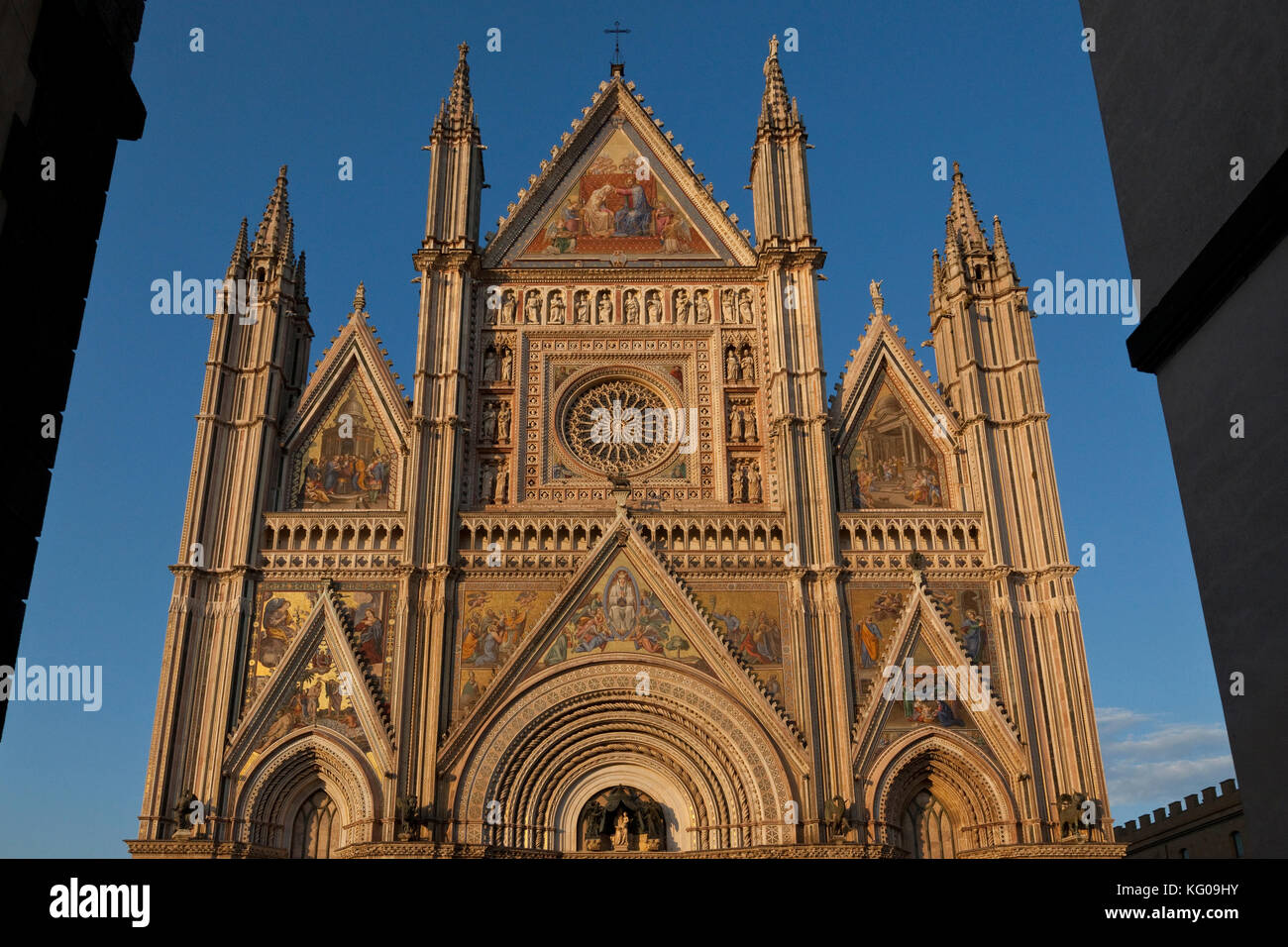 A view of the Duomo at sunset in Umbrian town of Orvieto, Italy. - Stock Image