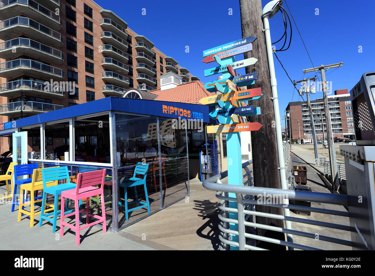 Restaurant And Snack Bar On The Boardwalk At Long Beach Long Island Stock Photo Alamy