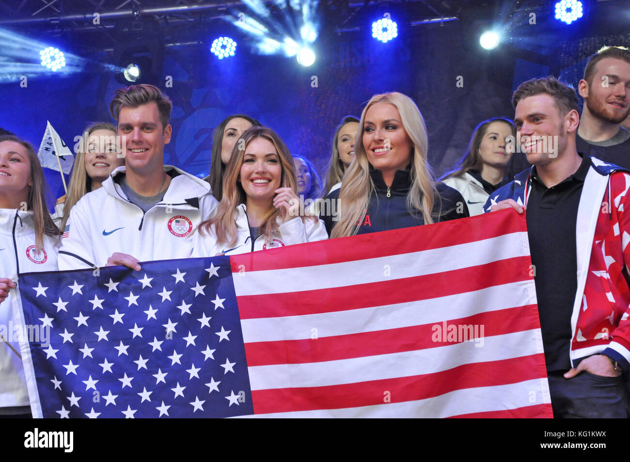Times Square, New York, NY. Team USA teammates Alex Deibold, Amy Purdy, Linsey Vonn, and Gus Kenworthy had a great - Stock Image