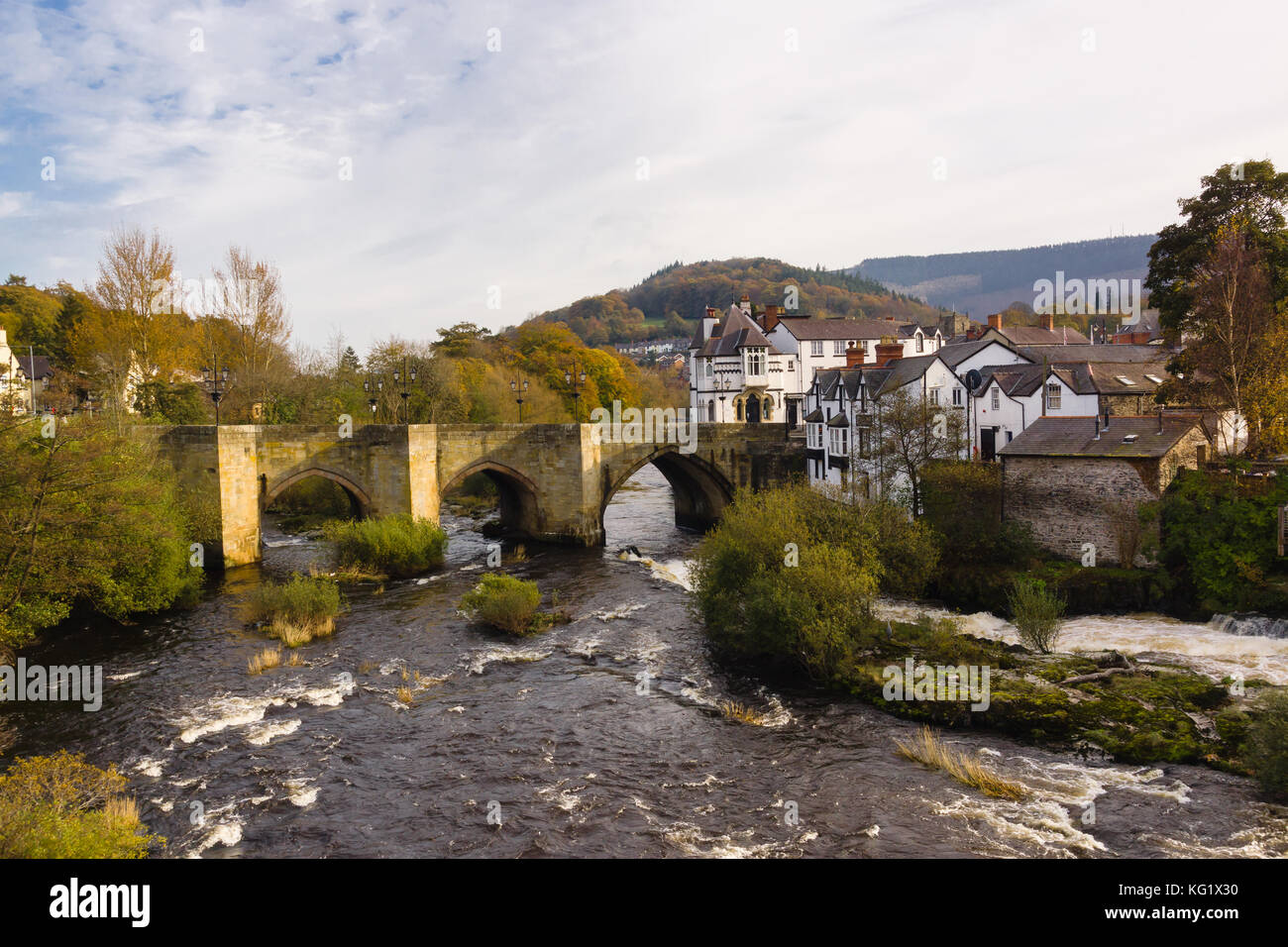 The Dee Bridge in Llangollen one of the Seven Wonders of Wales built in 16th century it is the main crossing point Stock Photo