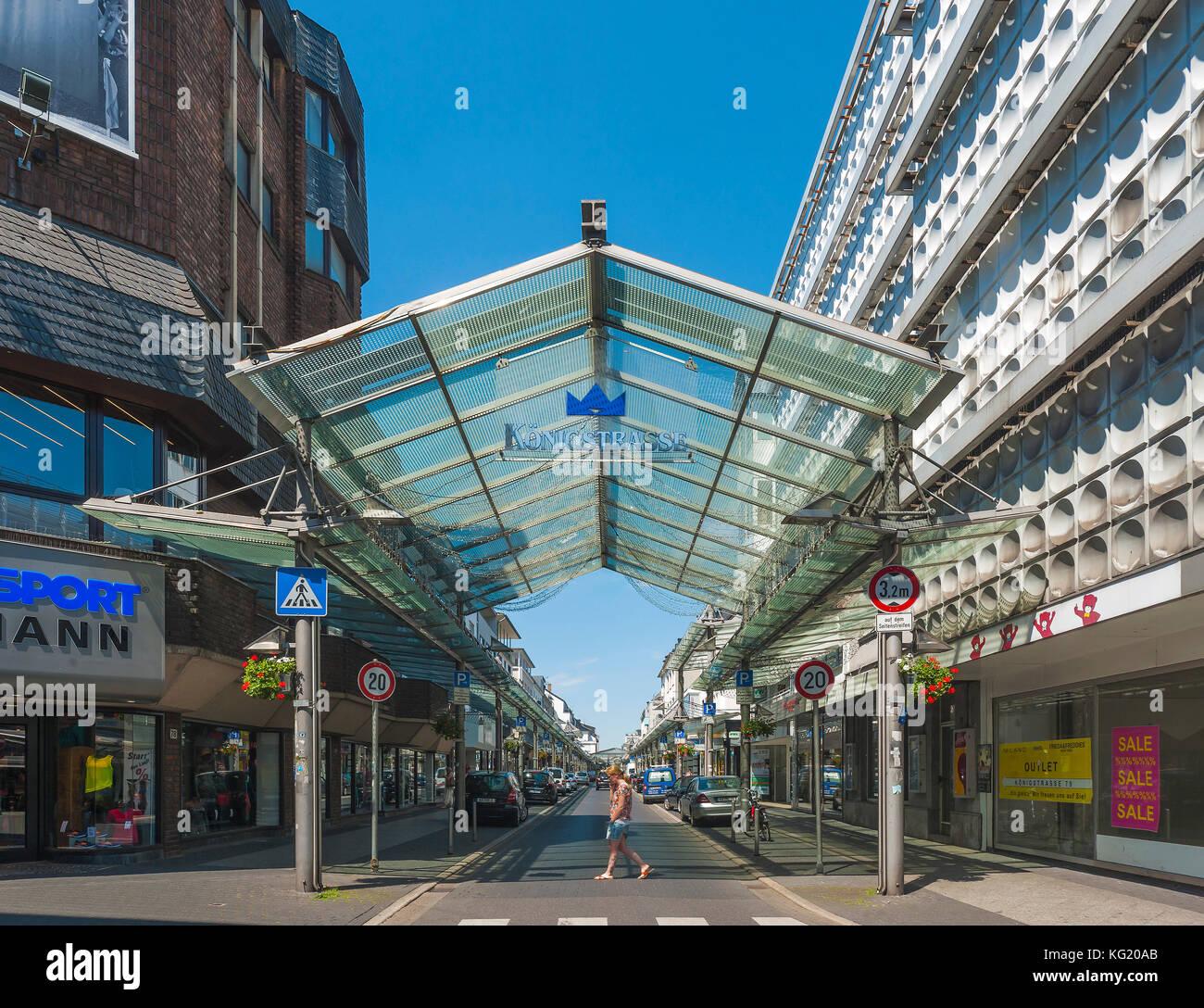 Krefeld, Nordrhein-Westfalen, Germany :  Königstrasse - Stock Image