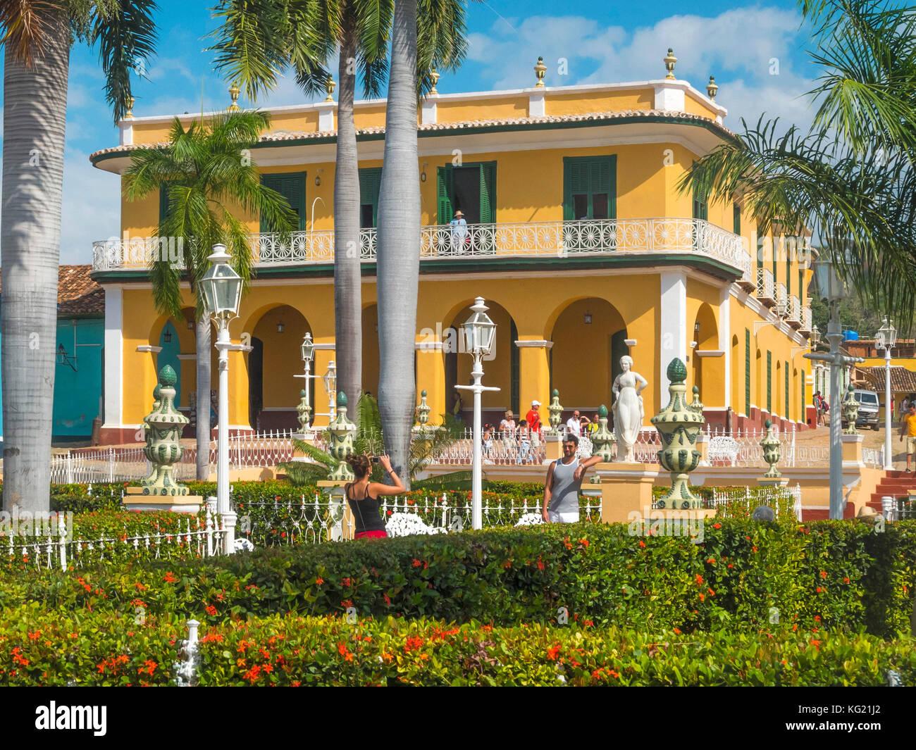 Museo Romantico.Trinidad Cuba Plaza Mayor Und Museo Romantico Stock Photo