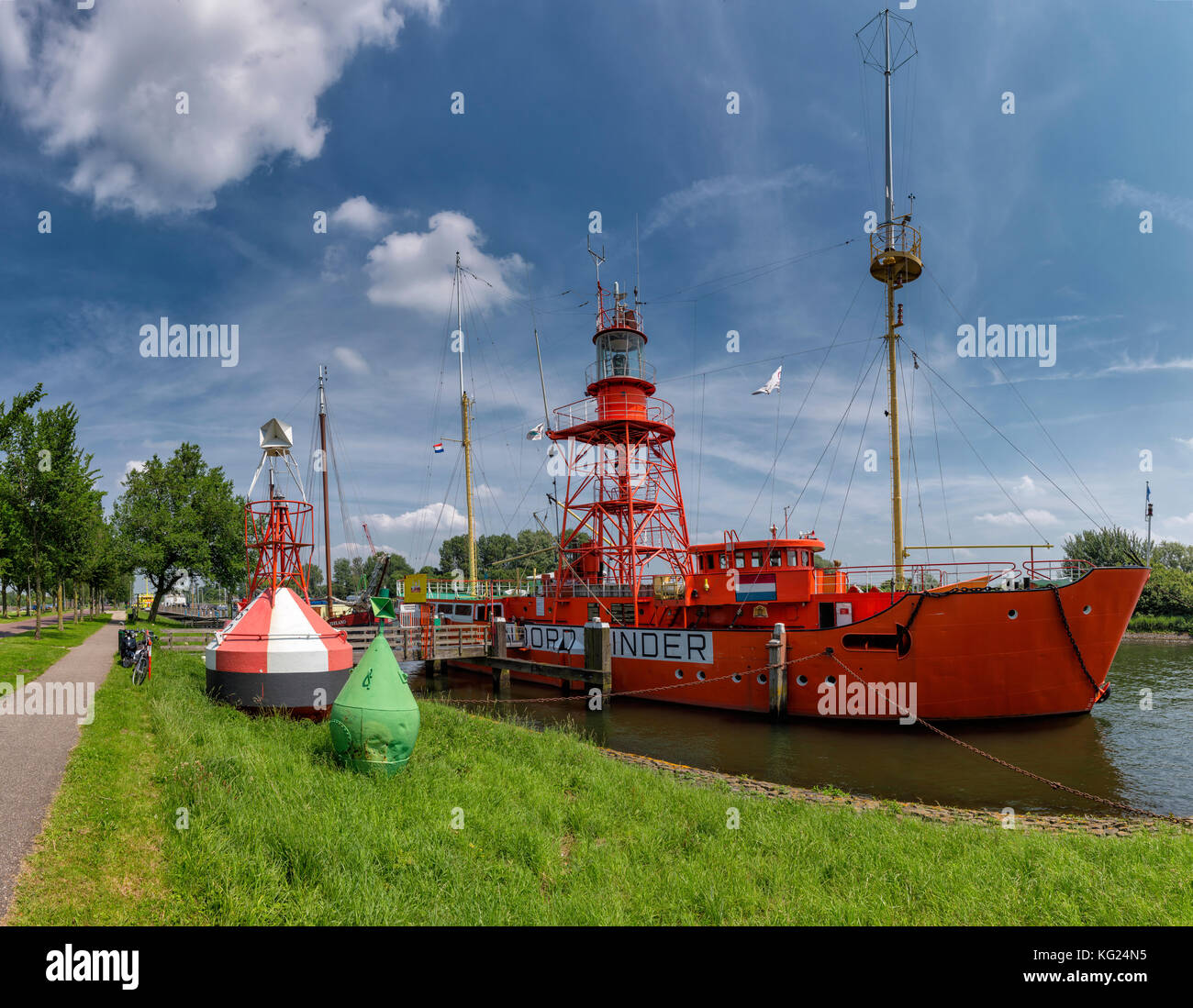 Lightship 12 Noord Hinder Hellevoetsluis, Zuid-Holland, Netherlands ***  Local Caption *** water, summer, ships, boat,