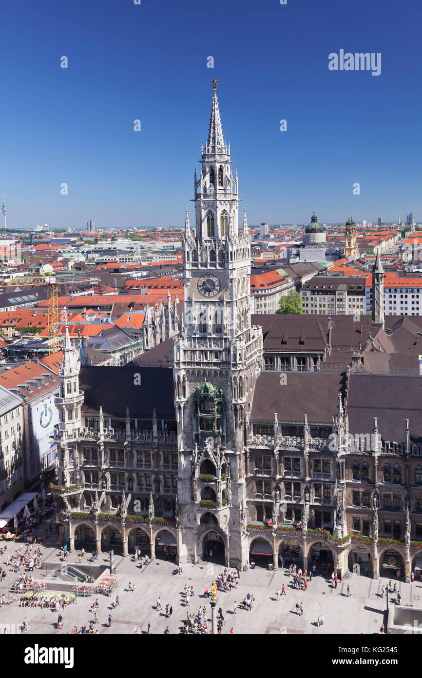 Marienplatz Square with town hall (Neues Rathaus), Munich, Bavaria, Germany, Europe - Stock Image