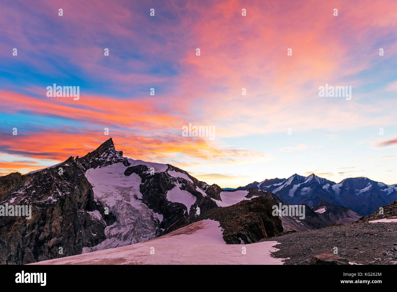 Sunrise view of Zinalrothorn, 4421m, from Ober Gabelhorn, 4063m,  Zermatt, Valais, Swiss Alps, Switzerland, Europe Stock Photo