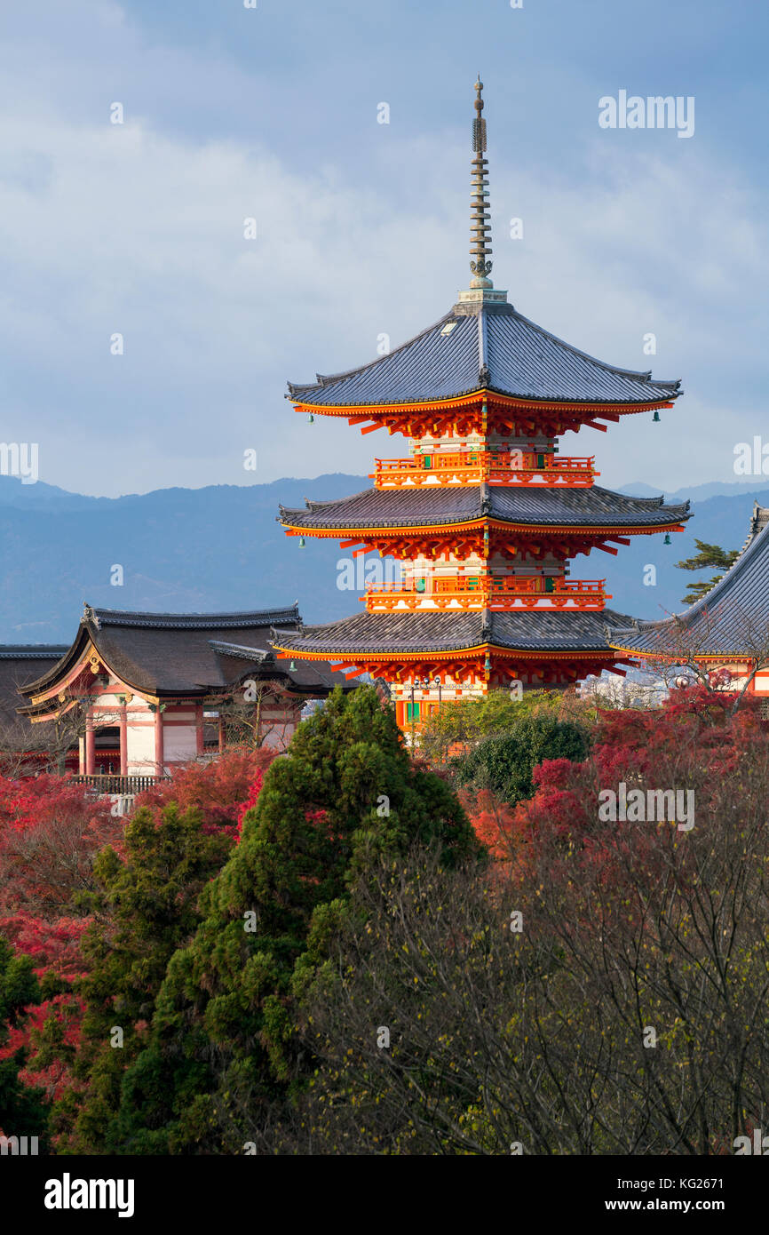 Kiyomizu-dera temple, UNESCO World Heritage Site, Kyoto, Honshu, Japan, Asia - Stock Image