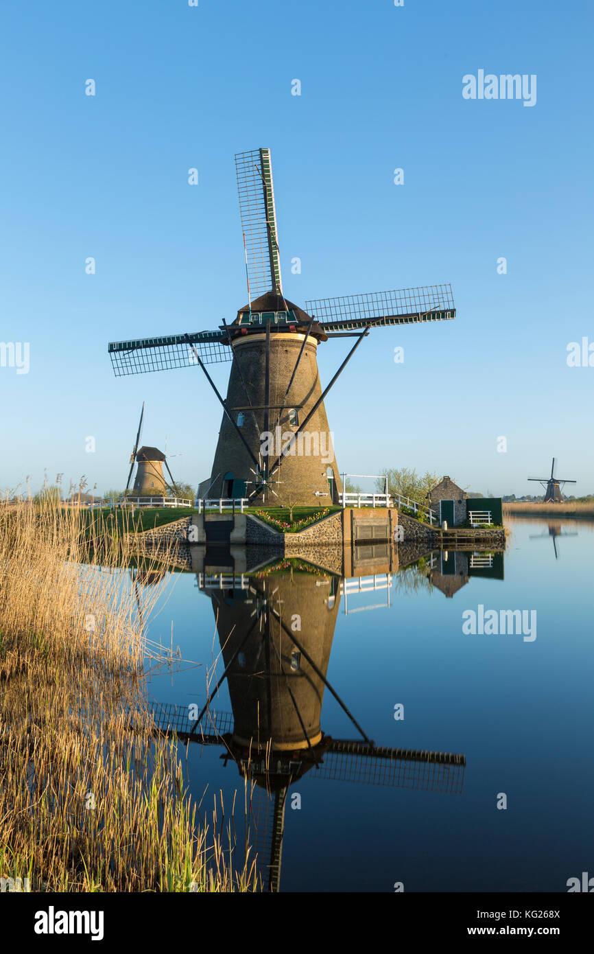 Windmills, Kinderdijk, UNESCO World Heritage Site, Netherlands, Europe - Stock Image