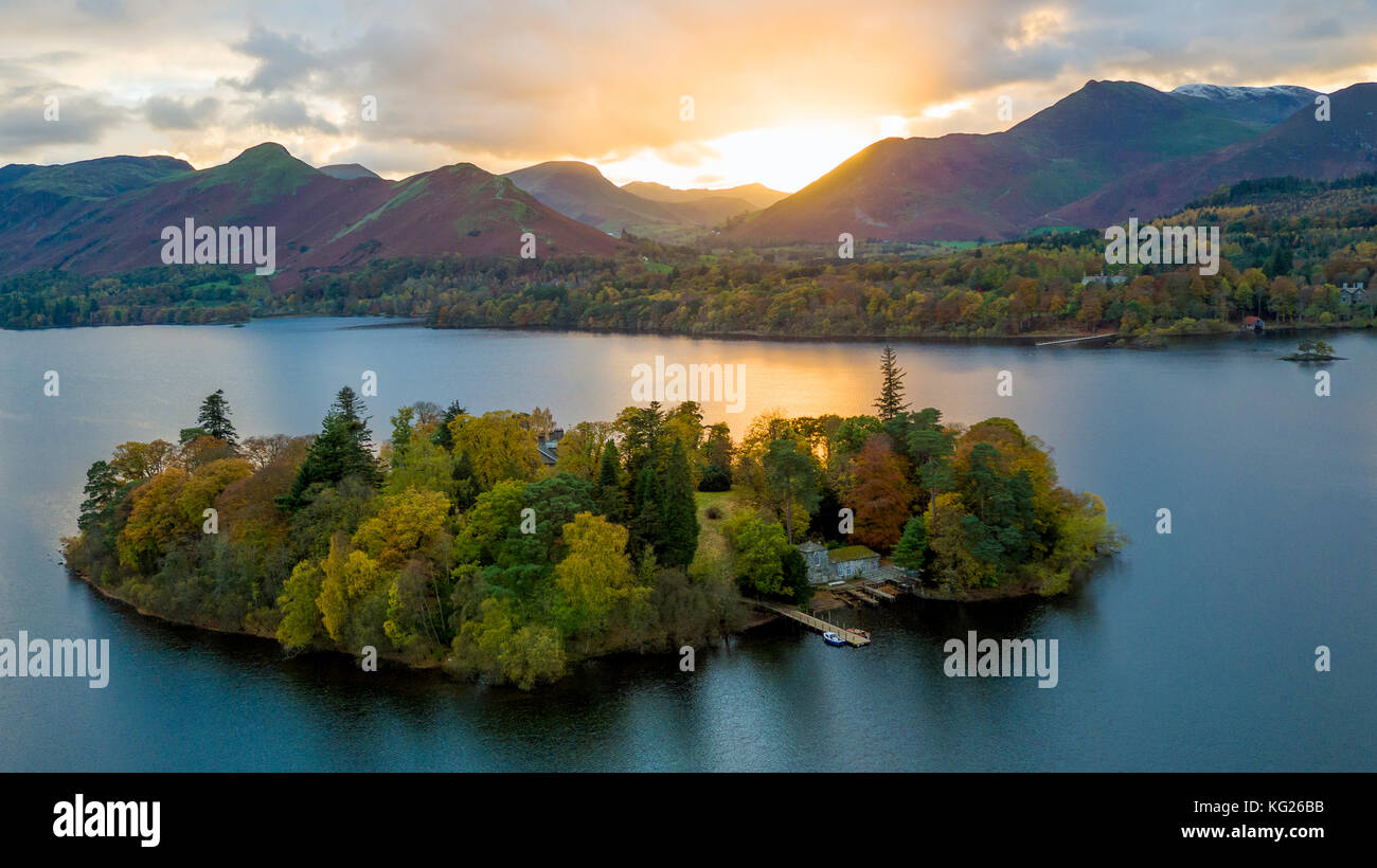 Derwent Water, Lake District National Park, UNESCO World Heritage Site, Cumbria, England, United Kingdom, Europe - Stock Image