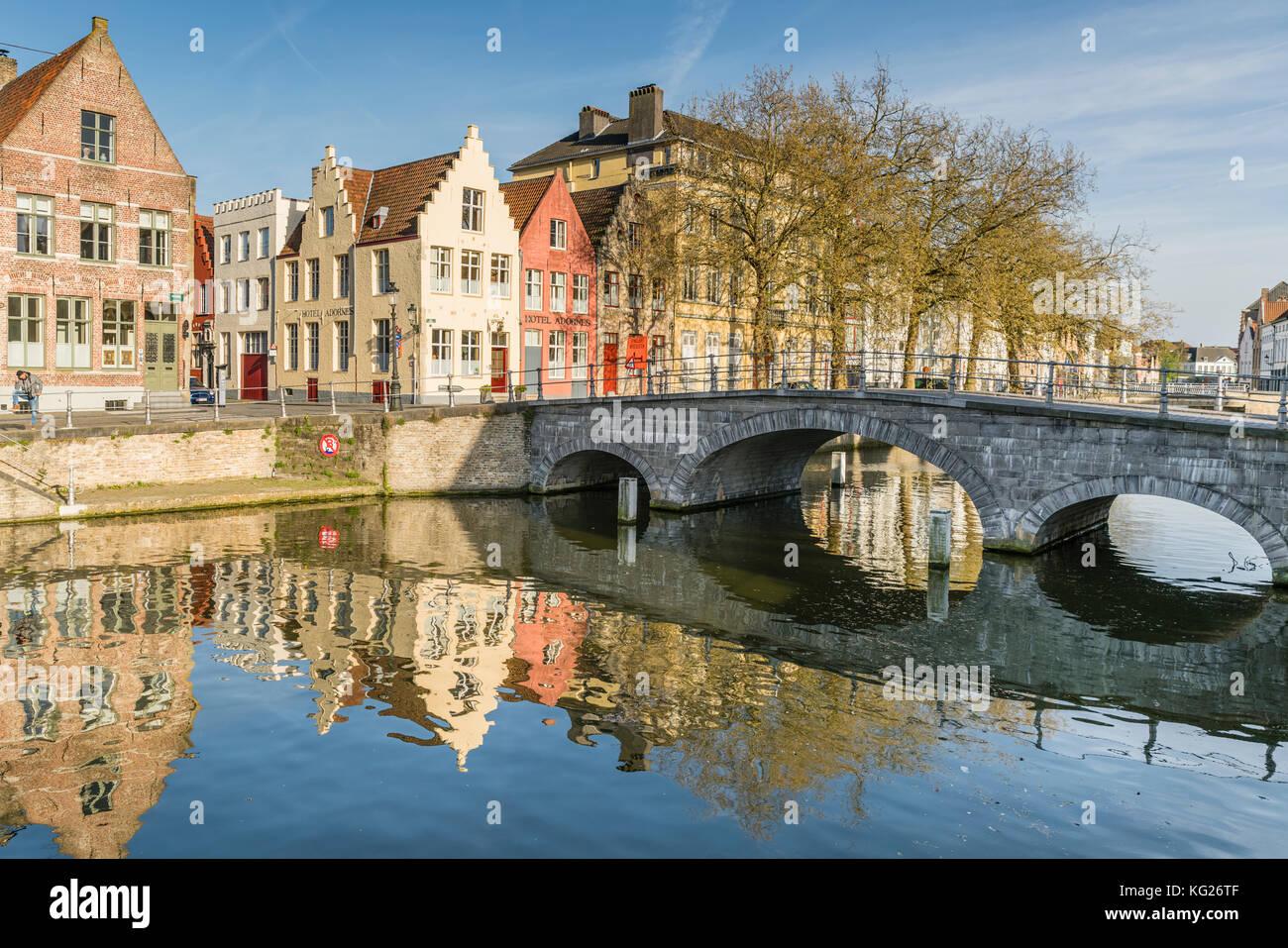 Bridge and houses on the Langerei canal, Bruges, West Flanders province, Flemish region, Belgium, Europe Stock Photo