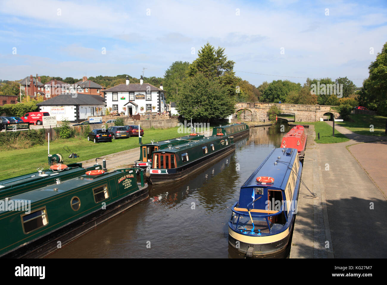 Narrow Boats, Pontcysyllte Canal, Llangollen, Dee Valley, Denbighshire, North Wales, Wales, United Kingdom, Europe - Stock Image