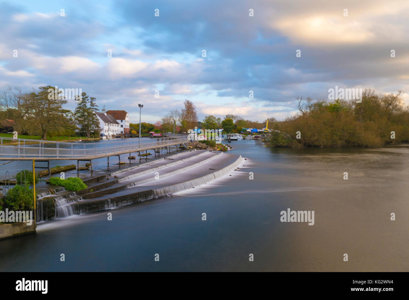 River Thames at Hambleden Weir and Lock - Stock Image