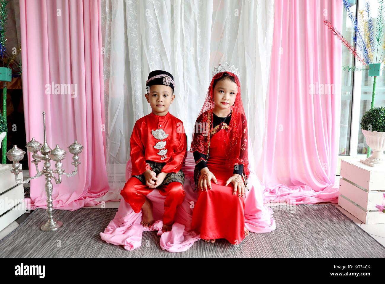 malay wedding traditions