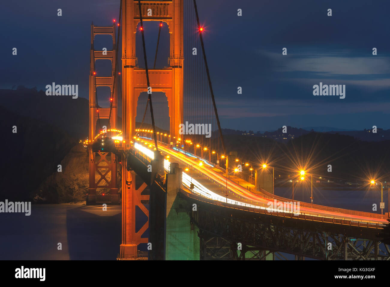 Golden Gate Bridge at night - Stock Image