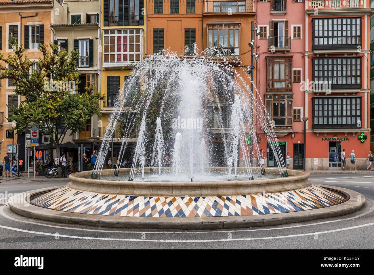 Fountain At The Plaza De La Reina Palma De Mallorca Majorca Stock