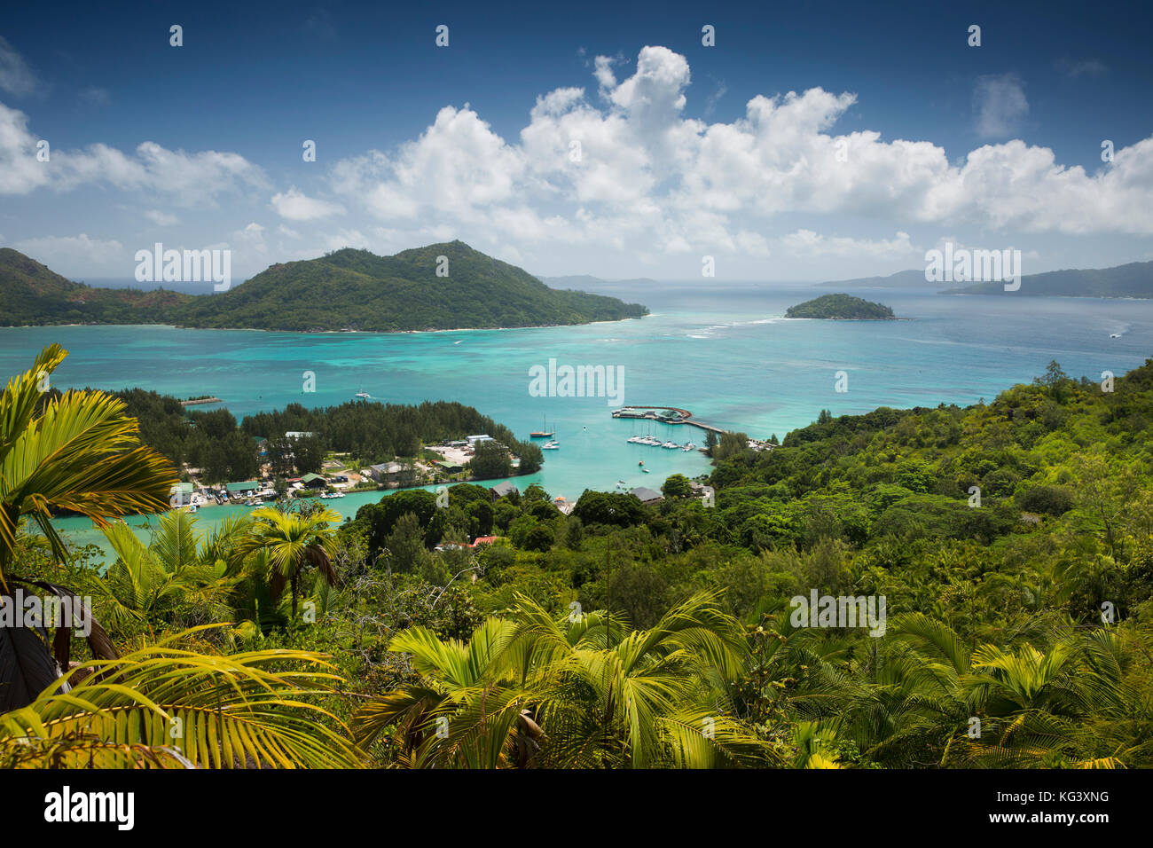 The Seychelles, Praslin, Baie St Anne elevated view from Fond Ferdinand Nature Reserve - Stock Image
