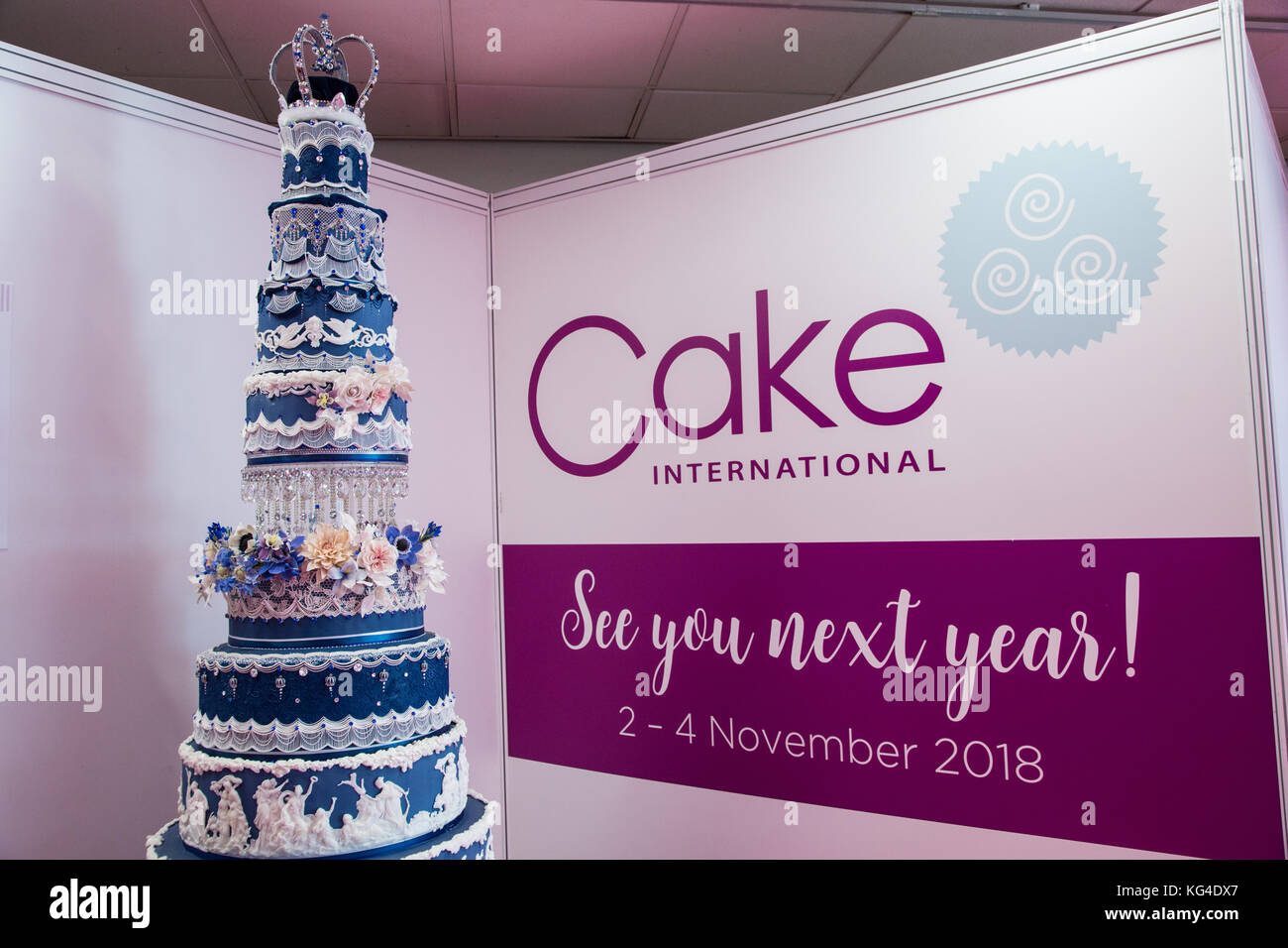 Birmingham, UK. 04th Nov, 2017. Cake International at the NEC where master cake bakers and decorators compete for best cakes in various categories to win gold Credit: steven roe/Alamy Live News Stock Photo