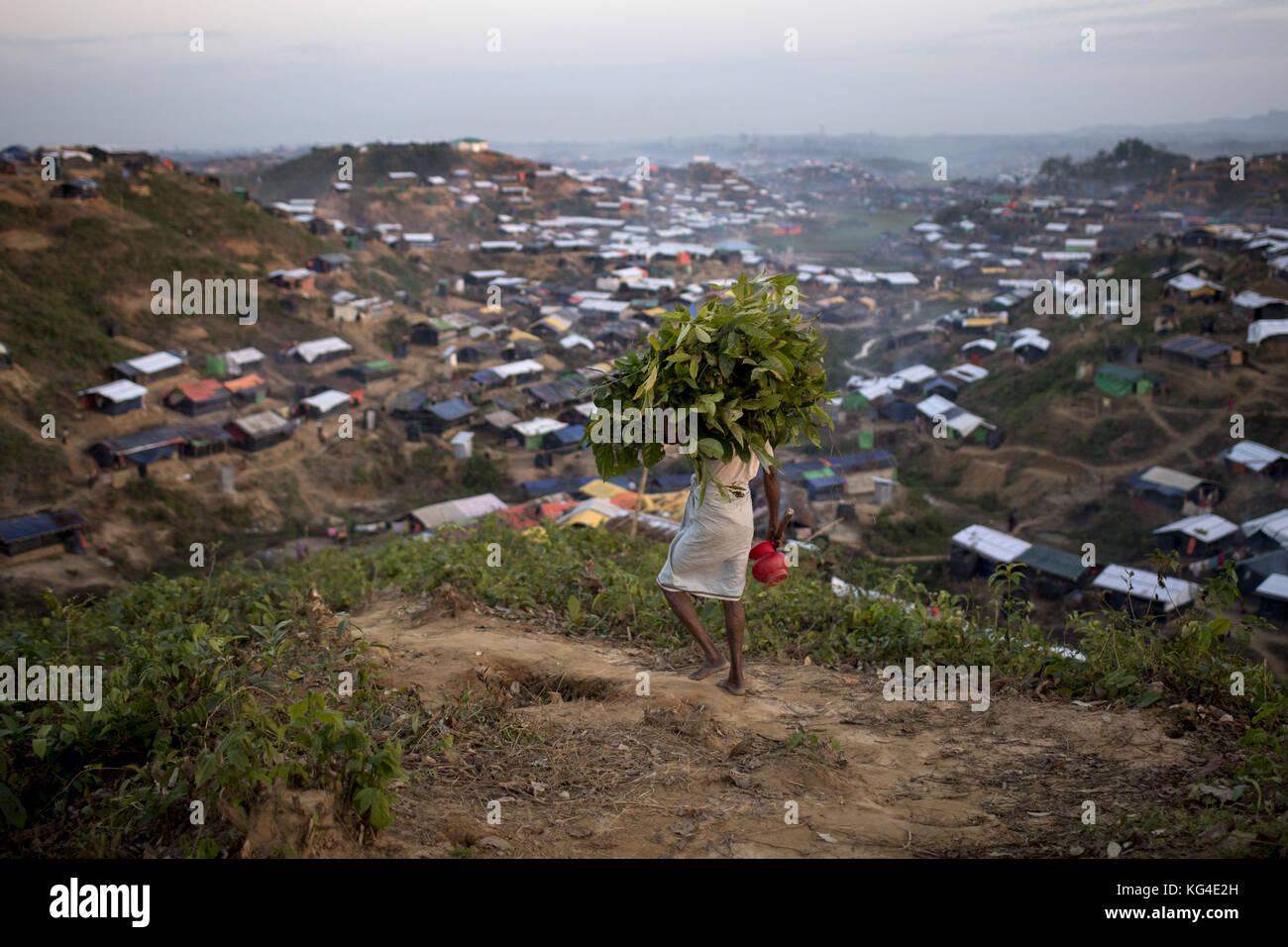 "November 3, 2017 - November 03, 2017 Cox's Bazar, Bangladesh ''"" Rohingya refugee man at Thankhali refugee - Stock Image"