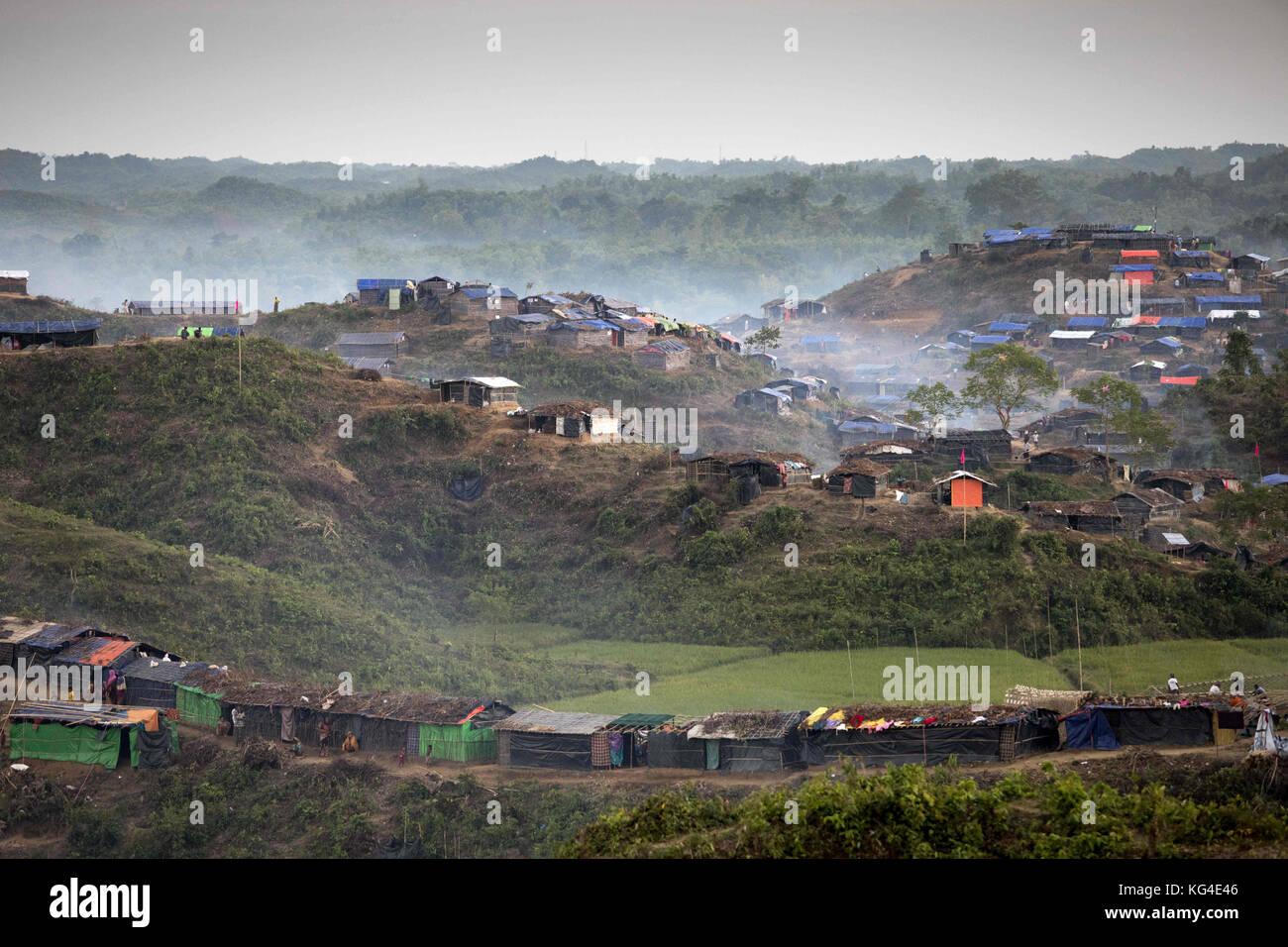 "November 3, 2017 - November 03, 2017 Cox's Bazar, Bangladesh ''"" Thankhali refugee camp in Cox'sbazar, - Stock Image"