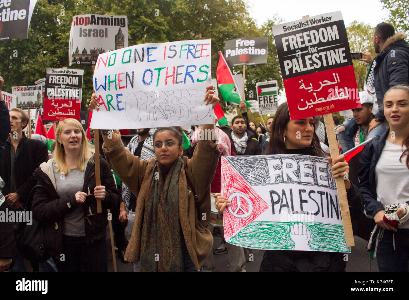 London UK. 4th November 2017. Hundreds of protesters marched through central London to Parliament Square to campaign - Stock Image