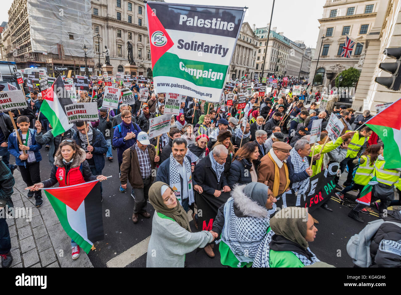 London, UK. 04th Nov, 2017. National Palestine March and Rally - Justice Now: Make it right for Palestine. As the Stock Photo