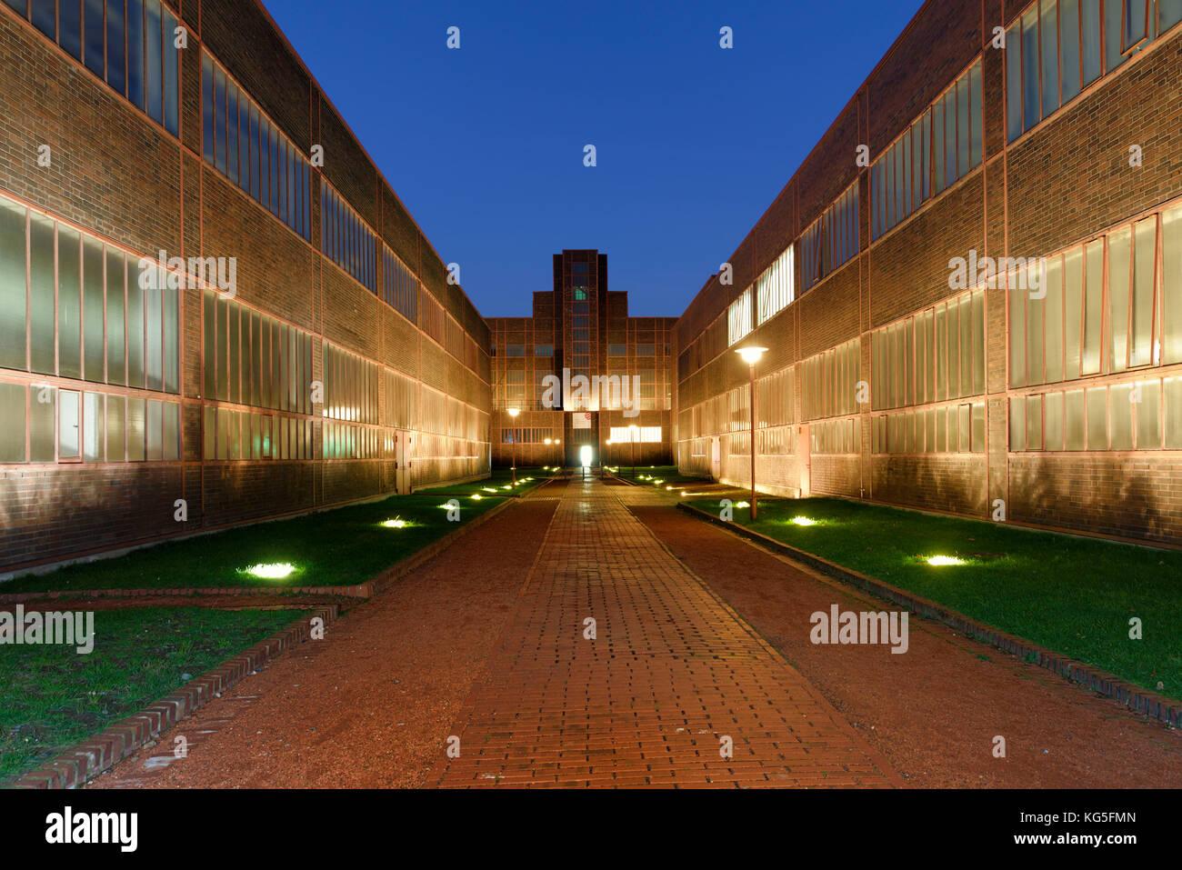 Red Dot Design museum in the evening light, Zollverein Coal Mine Industrial Complex, UNESCO world heritage, Essen, - Stock Image