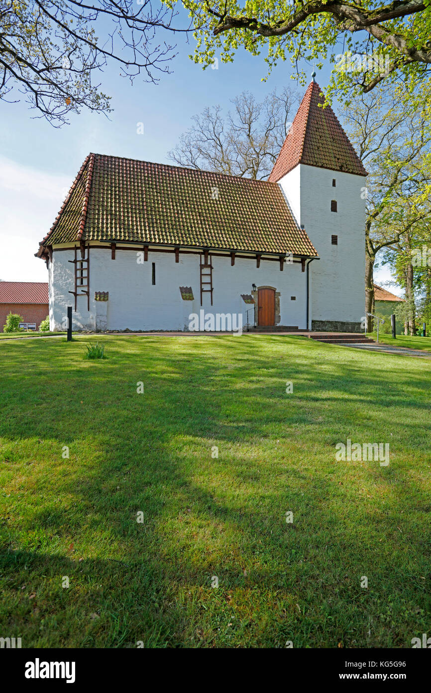 chapel with tower in Nordhemmern on Westfälischen Mühlenstraße (route), Nordrhein Westphalia, Germany - Stock Image