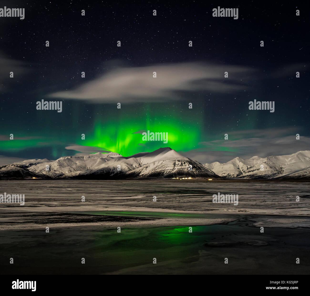 Aurora Borealis over Mt Hoffell, Hoffellsjokul Glacier, Hornafjordur, Eastern Iceland. Stock Photo