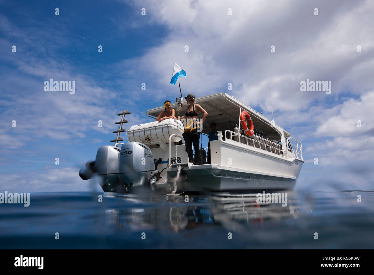 Diver spend time on surface intervall, Christmas Island, Australia - Stock Image