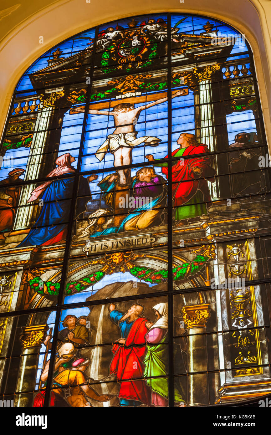 England, Oxfordshire, Oxford, Oxford University, Trinity College, The Chapel, Stained Glass Window depicting the - Stock Image