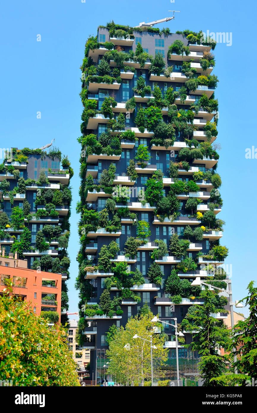 Foto Bosco Verticale Milano bosco verticale skyscraper in porta nuova district, milan