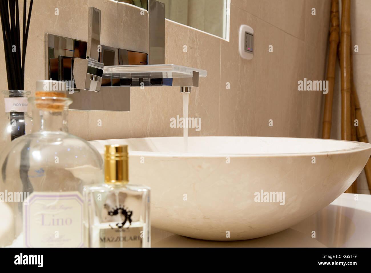 Luxury Bath Stock Photos Luxury Bath Stock Images Alamy - Villa-in-sardinia-by-antonio-lupi