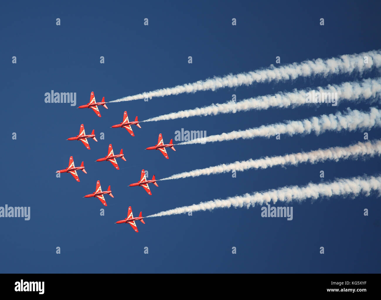 Red Arrows in practise, Sywell Aerodrome - Stock Image