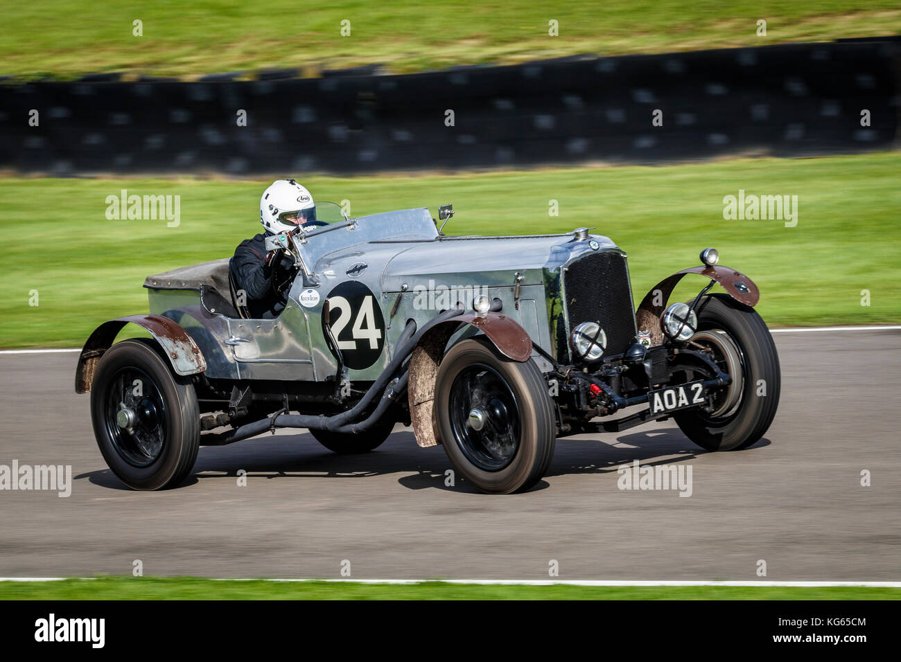 1925 Vauxhall 30/98 Brooklands Special with driver Robert Fellows during the Brooklands Trophy race at the 2017 - Stock Image