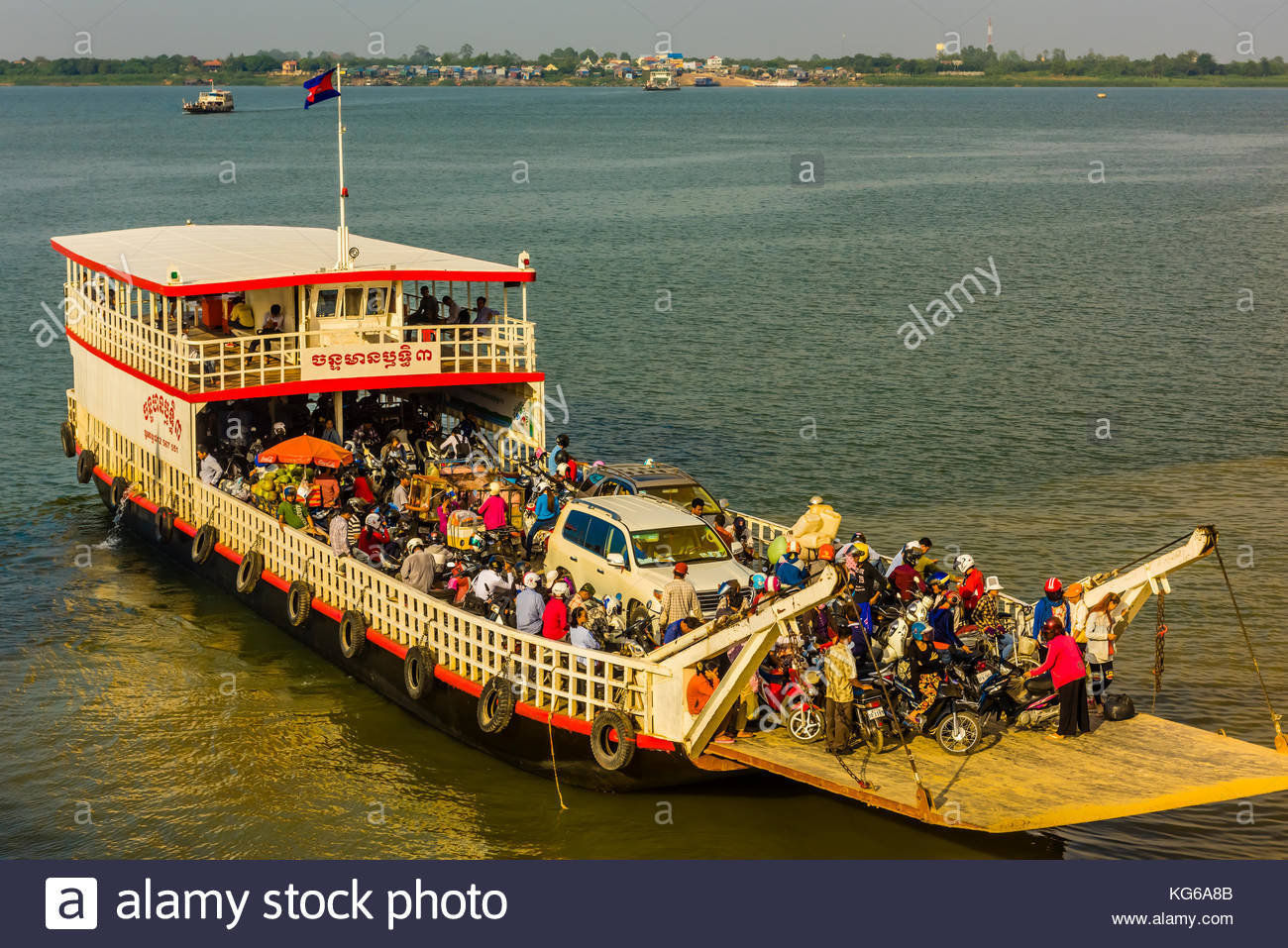 Ferry boats on the Tonle Sap River, Phnom Penh, Cambodia. - Stock Image