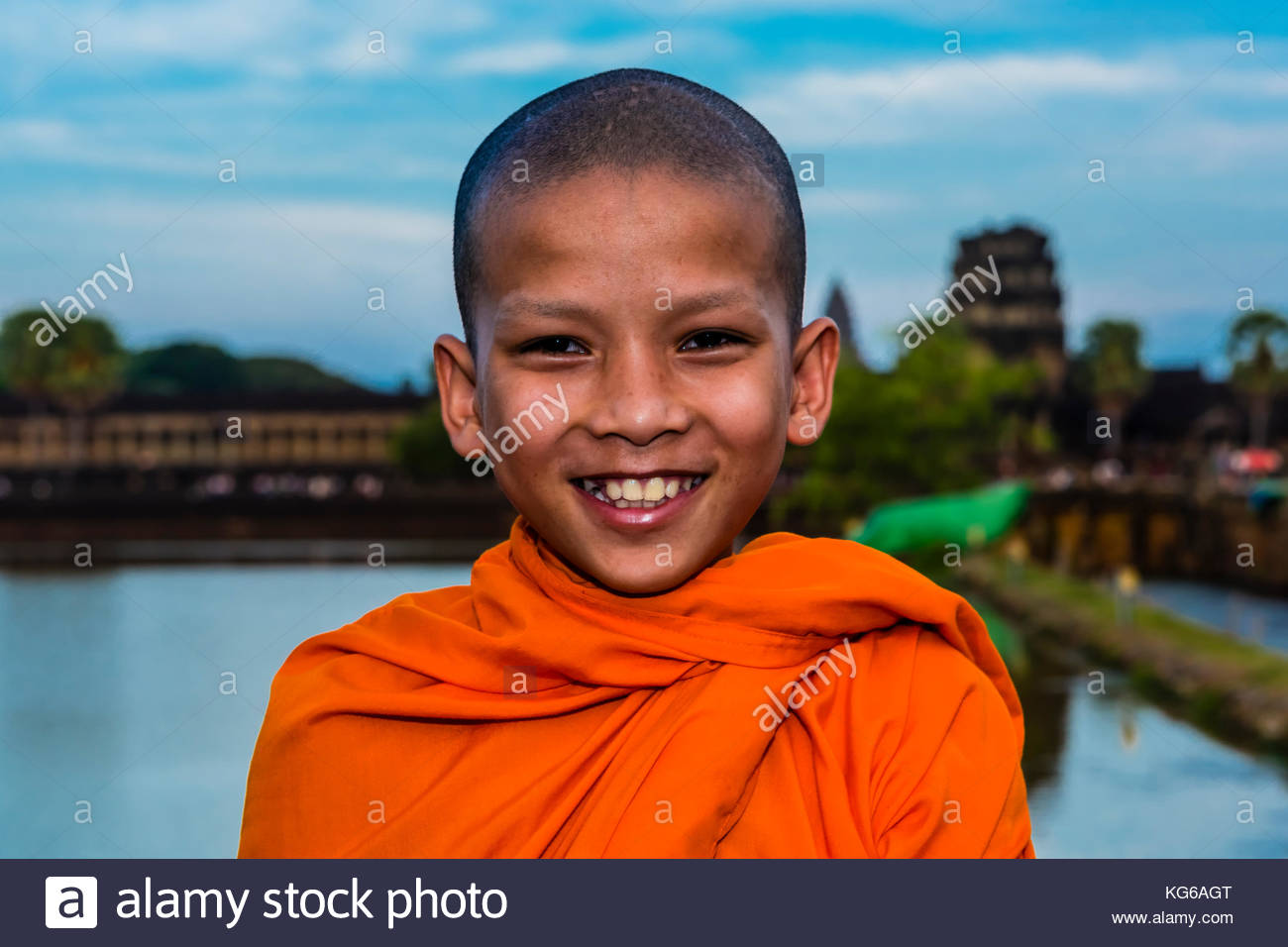 Novice  Buddhist monk, Angkor Wat, the largest religious monument in the world (means City which is a Temple); Cambodia. - Stock Image