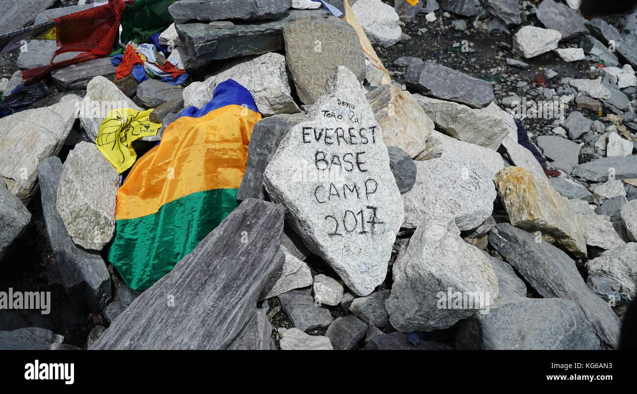 Everest Base Camp 2017 Text on Stone - Stock Image