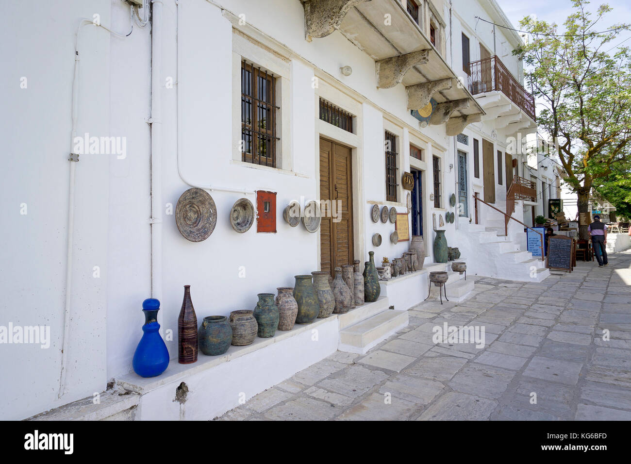 Art and handcraft shop at the mountain village Apiranthos, Naxos island, Cyclades, Aegean, Greece - Stock Image