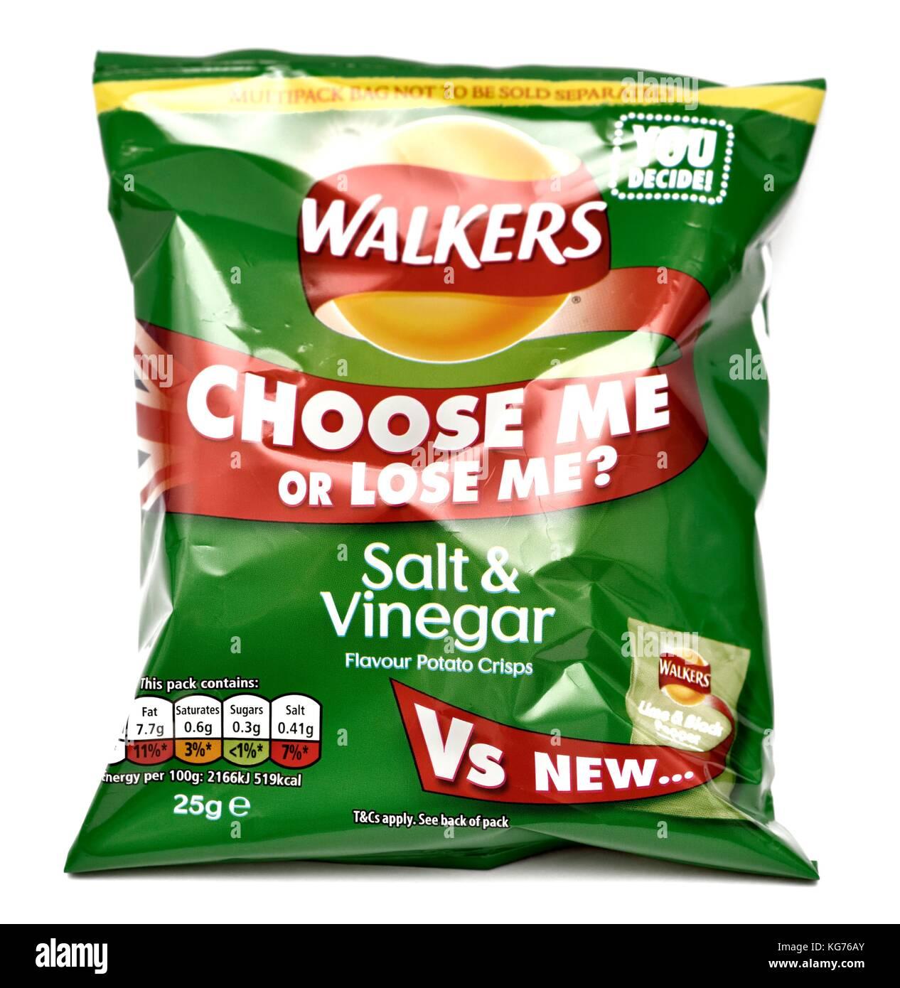 Walkers salt and vinegar crisps 25g - Stock Image