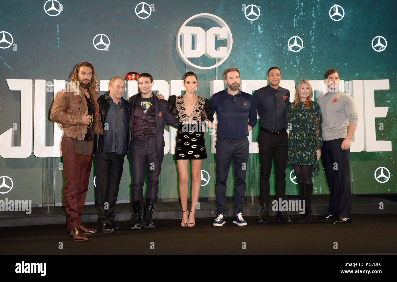 Photo Must Be Credited ©Alpha Press 078237 04/11/2017 Jason Momoa, producer Charles Roven, Ezra Miller, Gal - Stock Image