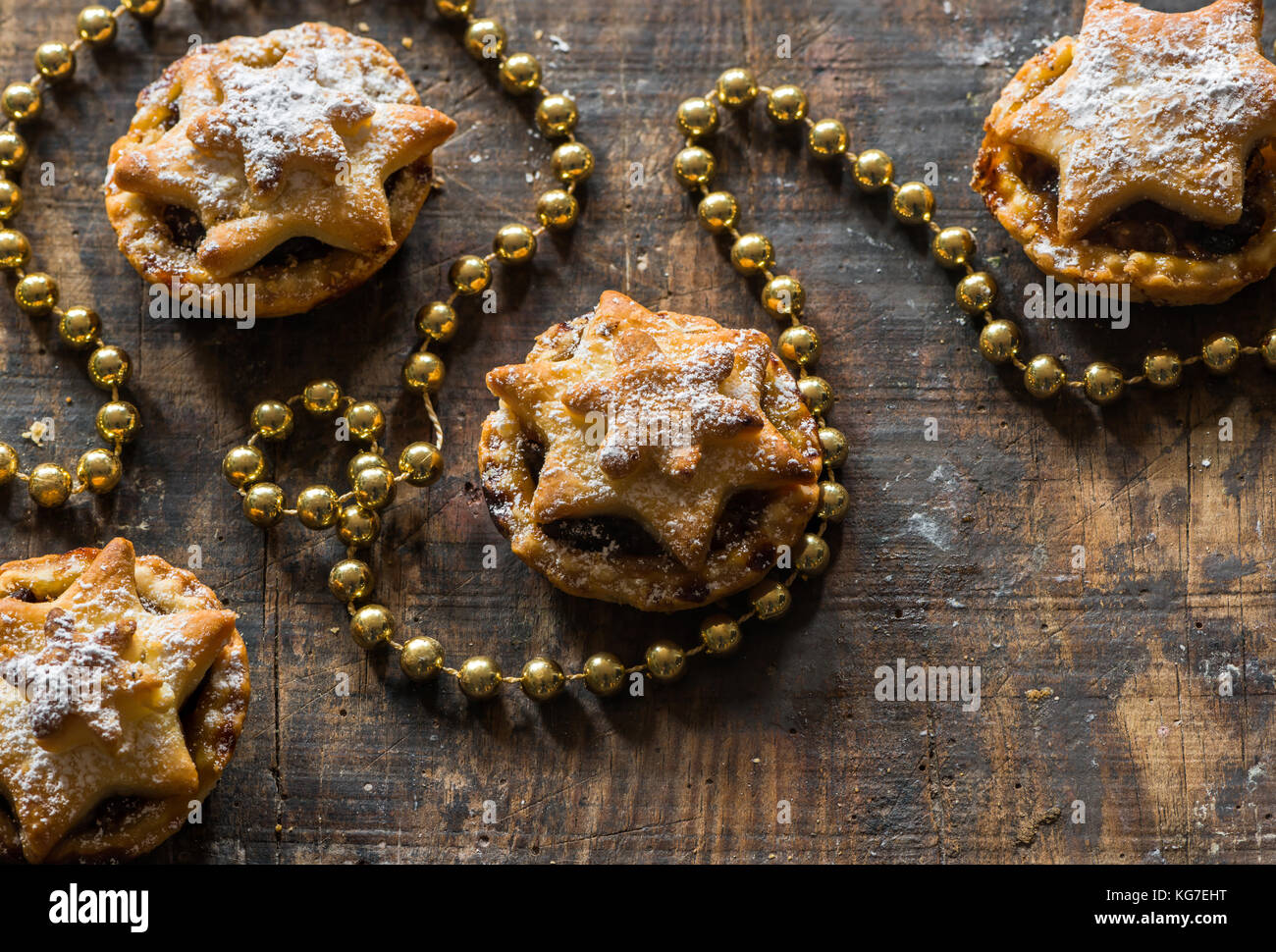 Traditional homemade mince pies. Christmas baking - Stock Image