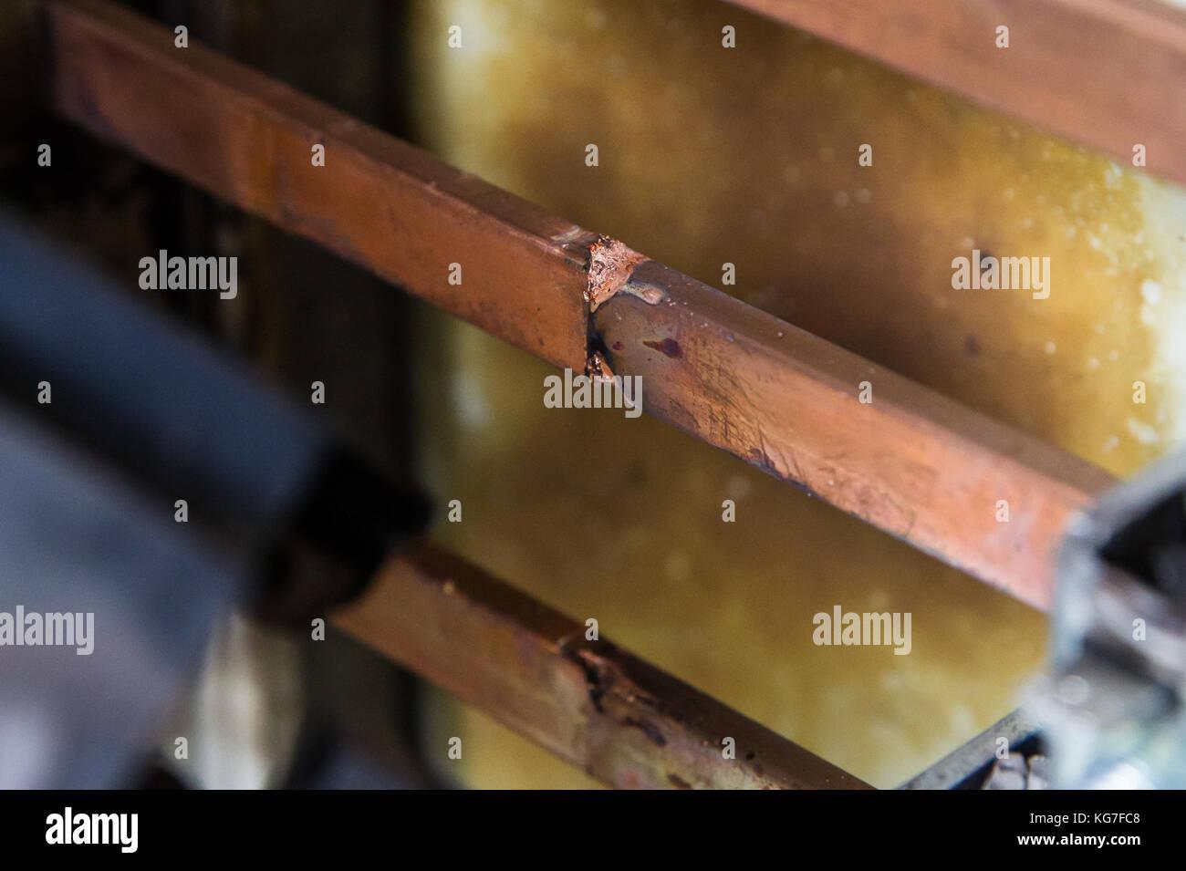 Kurzschluss in einer elektrischen Anlage Kupfer Sammelschinensystem Stock Photo
