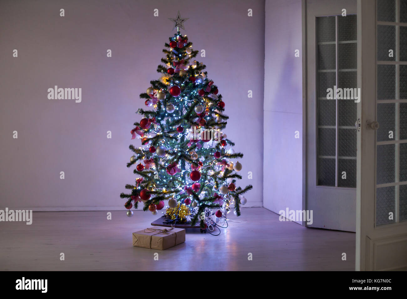 new year tree Christmas Decor gifts - Stock Image