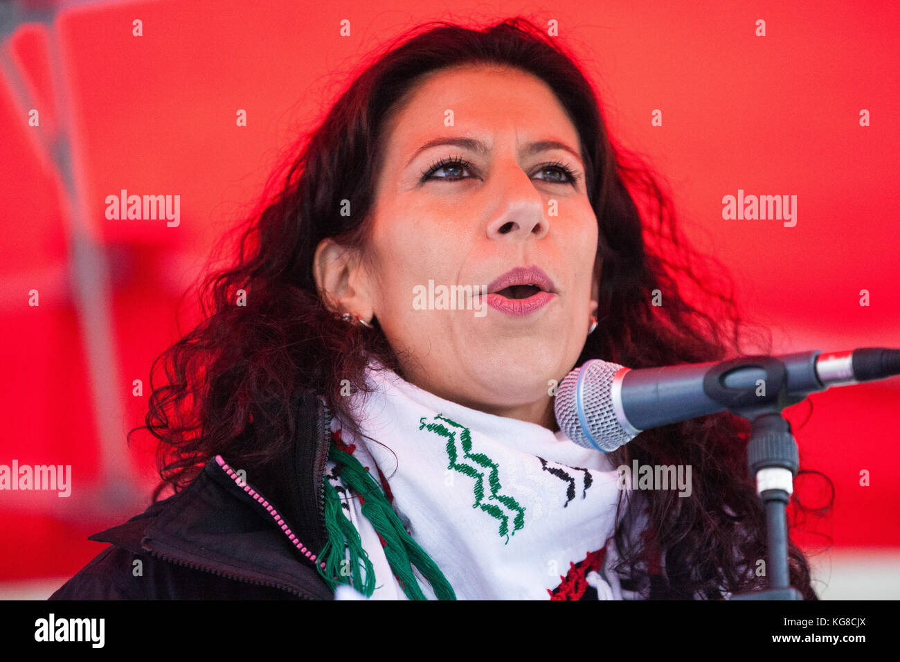 London, UK. 4th November, 2017. Dalia El-Saleh of the Association of the Palestinian Community in the UK (APCUK), Stock Photo