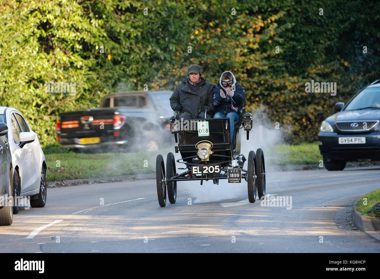London To Brighton Veteran Car Run Stock Photos & London To Brighton ...